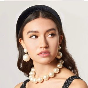 ✨ Lele Sadoughi faux pearl door knocker earrings